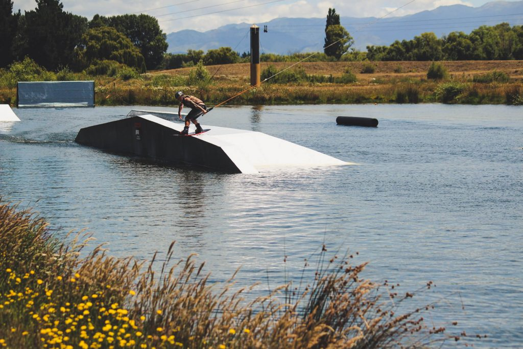 wakeboarding at backpaddock lakes cable