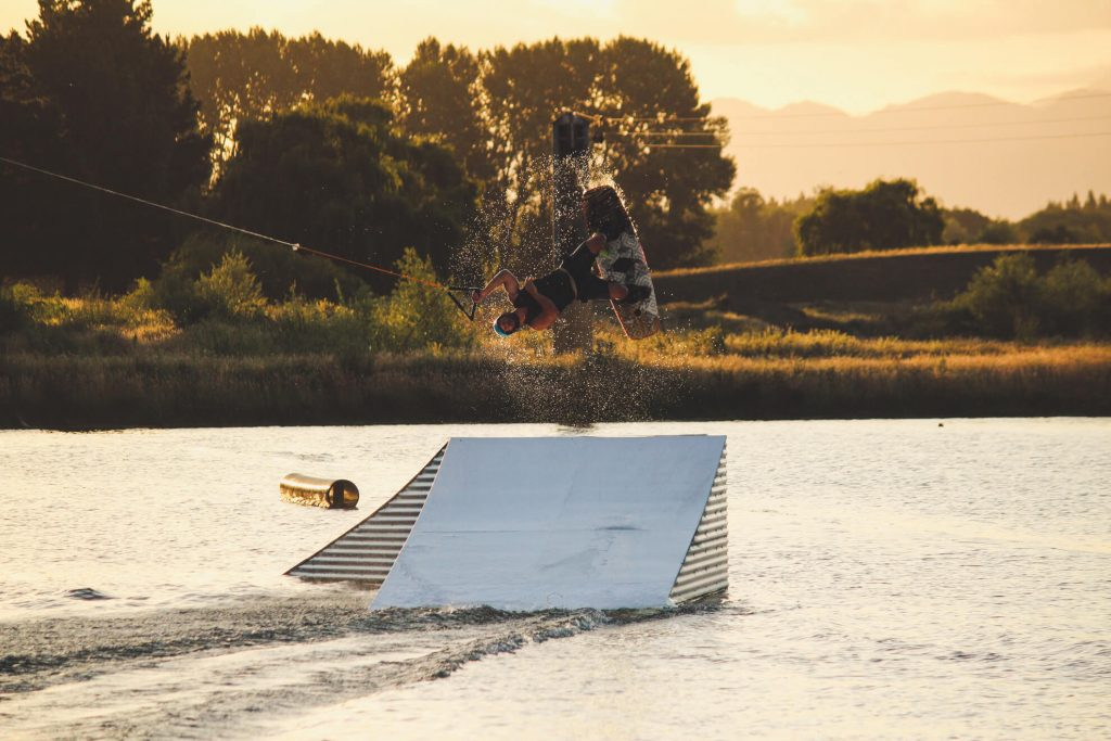 wakeboarding at backpaddock lakes cablepark